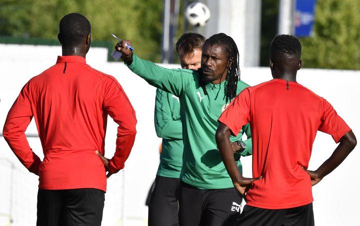Aliou Cissé lors de la préparation au Mondial. (ISSOUF SANOGO / AFP)