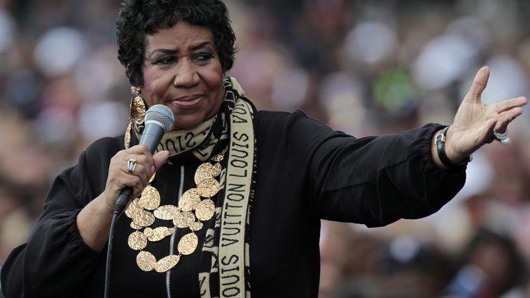 """La """"Reine de la Soul"""" Aretha Franklin, ici à Détroit en 2011, est morte jeudi 16 août. (JEFF KOWALSKY / EPA)"""