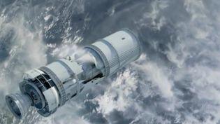 Lors de son entrée dans l'atmosphère, dimanche 1er avril, une station spatiale chinoise va se désintégrer au-dessus de la Terre. Quelques débris devraient même atteindre le sol, mais les scientifiques ignorent encore où précisément. (France 2)