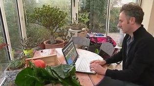 Troc : les jardiniers s'aident des réseaux sociaux (FRANCE 2)