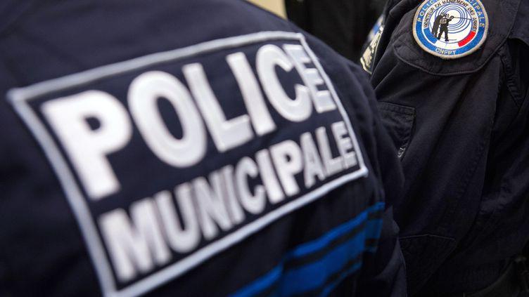 Des agents de la police municipale de Marseille (photo d'illustration) (BERTRAND LANGLOIS / AFP)