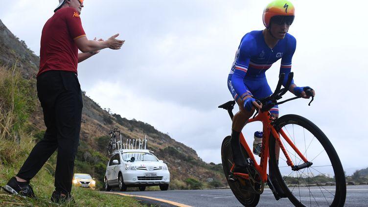 Le Français Julian Alaphilippe, ici lors du contre-la-montre des Jeux Olympiques de Rio (GREG BAKER / AFP)