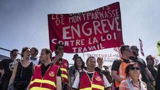 Une manifestation contre la loi Travail à Paris, le 9 juin 2016. (DENIS MEYER / HANS LUCAS / AFP)
