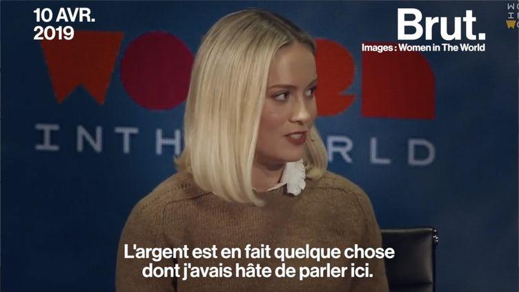"""Super-héroïne du film """"Captain Marvel"""", Brie Larson explique pourquoi elle se bat pour le droit des femmes. (BRUT)"""