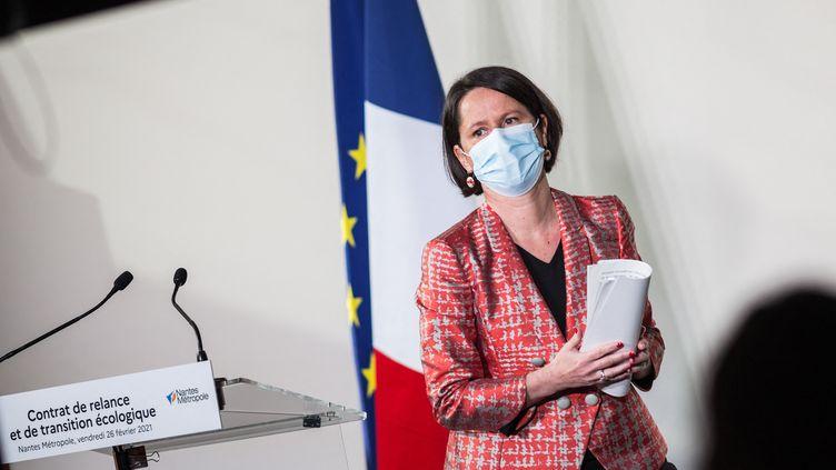 La maire PS de Nantes Johanna Rolland, également présidente de l'association France Urbaine, qui regroupe les grandes villes et les métropoles, lors de la conférence de presse à l'occasion de la visite du Premier ministre Jean Castex à Nantes,le26 février 2021  (BAPTISTE ROMAN / HANS LUCAS)