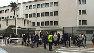 Extérieur de l'écoleélémentaire Flore 1 à Nice, le 29 janvier 2015 ( FRANCE 2 )