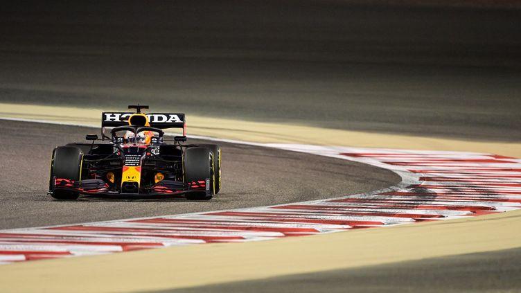Max Verstappen (ici le vendredi 26 mars) a dominé les essais qualificatifs à Bahreïn. (ANDREJ ISAKOVIC / AFP)