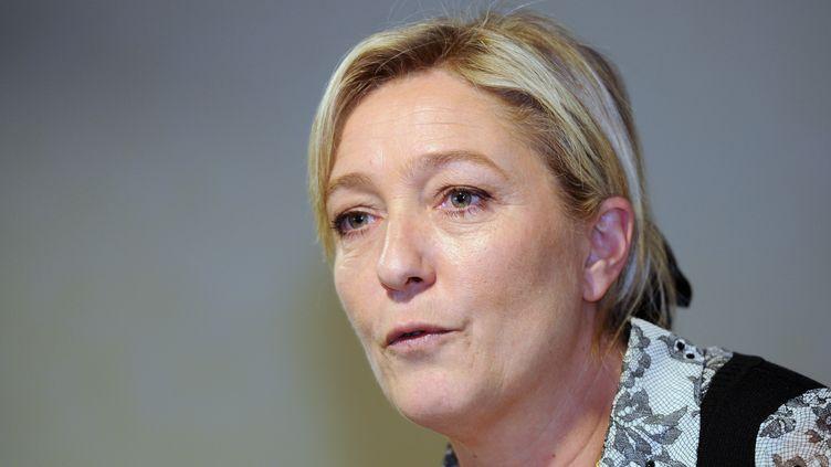 La candidate du Front national à la présidentielle lors d'une conférence de presse à Blagnac (Haute-Garonne),le 12 mars 2012. (ERIC CABANIS / AFP)