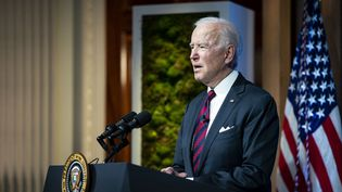 Le président américain, Joe Biden, à Washington (Etats-Unis), le 22 avril 2021.  (POOL / GETTY IMAGES NORTH AMERICA / AFP)
