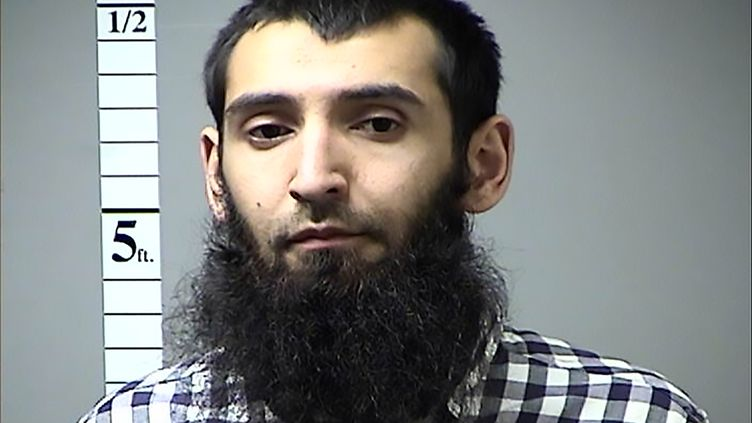 Une photo de Sayfullo Saipov, identifié comme l'auteur de l'attentat de New York, prise par la police du Missouri. (ST. CHARLES COUNTY DEPT. OF CORR / AFP)