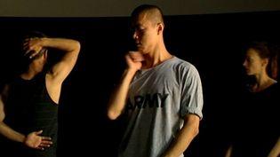 La compagnie Emmanuel Gat Dance en répétition  (France3/culturebox)