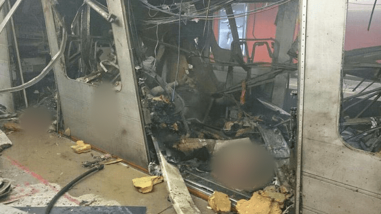 Une rame à la station Maelbeek du métro de Bruxelles (Belgique), le 22 mars 2016. La Stib, qui exploite le réseau, a confirmé à francetv info qu'il s'agissait bien de la rame touchée.   (DR)