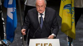 Sepp Blatter lors de la cérémonie d'ouverture de la 65e Congrès de la Fifa, à Zurich, le 28 mai 2015. (FABRICE COFFRINI / AFP)