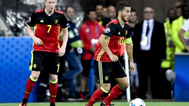 Kevin De Bruyne et Eden Hazard, les deux joueurs belges (DIRK WAEM / BELGA MAG)