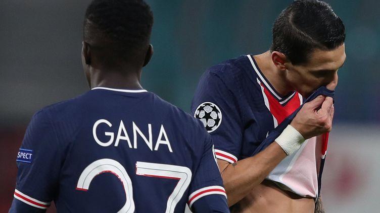 Gueye et Di Maria ont plombé le PSG ce soir (RONNY HARTMANN / AFP)