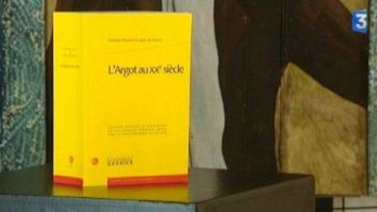Denis Delaplace corrige l'argot d'Aristide Bruant  (Culturebox)