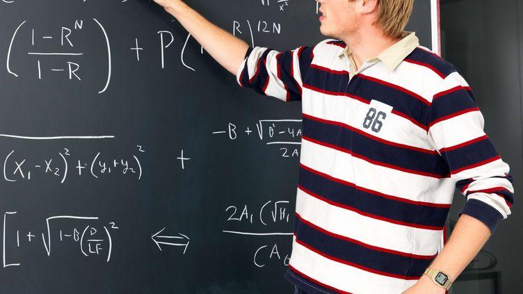Des chercheurs ont une nouvelle hypothèse : l'allergie aux mathématiques serait une question psychanalytique. (SUPERSTOCK / SIPA)