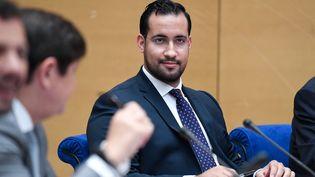 Alexandre Benalla interrogé par un comité sénatorial, à Paris, le 19 septembre 2018. (BERTRAND GUAY / AFP)