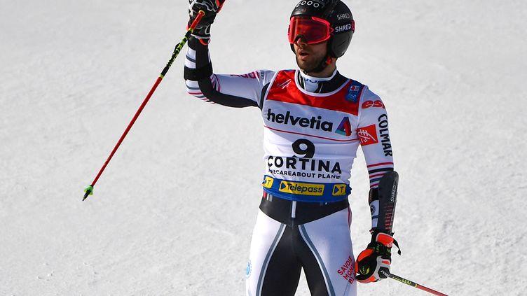 Mathieu Faivre champion du monde du slalom géant, vendredi 19 février. (ANDREAS SOLARO / AFP)
