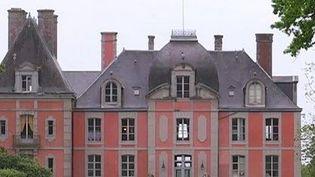 Le château de Chantore à Bacilly. (CAPTURE D'ÉCRAN FRANCE 3)