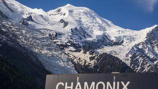 Photo d'illustration du massif du Mont Blanc à Chamonix. (VINCENT ISORE / MAXPPP)