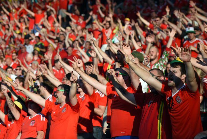 Les tribunes du Stadium ont tremblé à chacun des trois buts gallois. (REMY GABALDA / AFP)