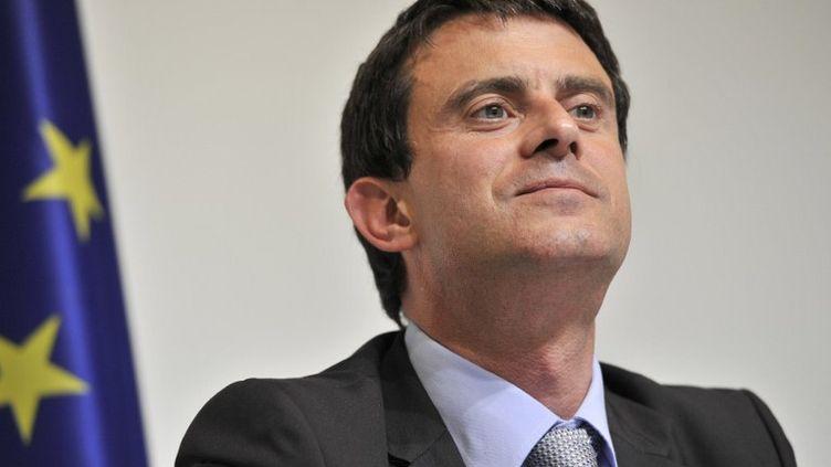Le ministre de l'Intérieur, Manuel Valls, au Luxembourg, le 7 juin 2012. (GEORGES GOBET / AFP)