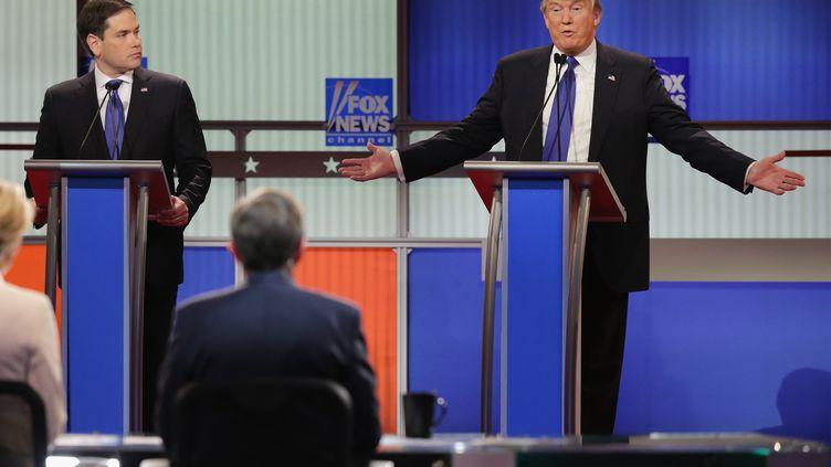 Donald Trump répondant à Marco Rubio, lors du débat télévisé de Detroit, le 3 mars 2016. (CHIP SOMODEVILLA / GETTY IMAGES NORTH AMERICA)