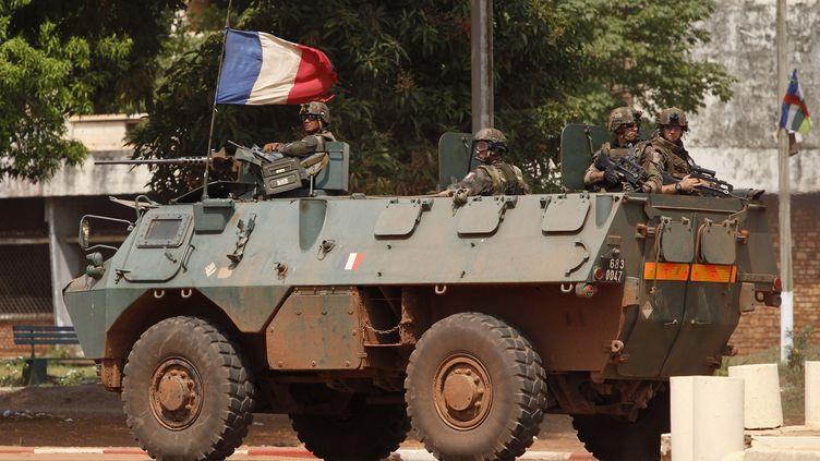 Des soldats français patrouillant dans Bangui (Centrafrique), le 5 décembre 2013. ( REUTERS)