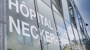 L'hôpitalNecker-enfants malades à Paris, le 23 mars 2020. (GILLES TARGAT / AFP)