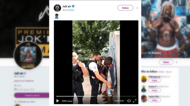 Capture d'écran d'une vidéopubliée sur le compte Twitter du rappeur Jok'Air, le 24 juin 2018. (CAPTURE ECRAN TWITTER)