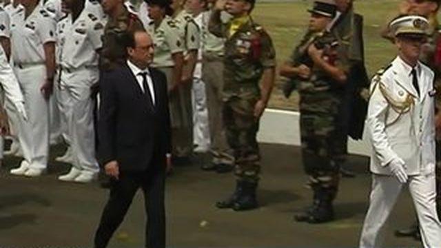 Martinique : un temps de recueillement pour François Hollande