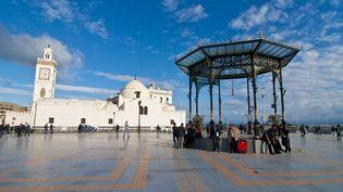 Place Port Saïd à Alger, 3 septembre 2011. (MICHAEL RUNKEL / ROBERT HARDING PREMIUM)