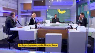 Les informés du matin, le6 avril 2021 à franceinfo à Paris. (FRANCEINFO / RADIOFRANCE)