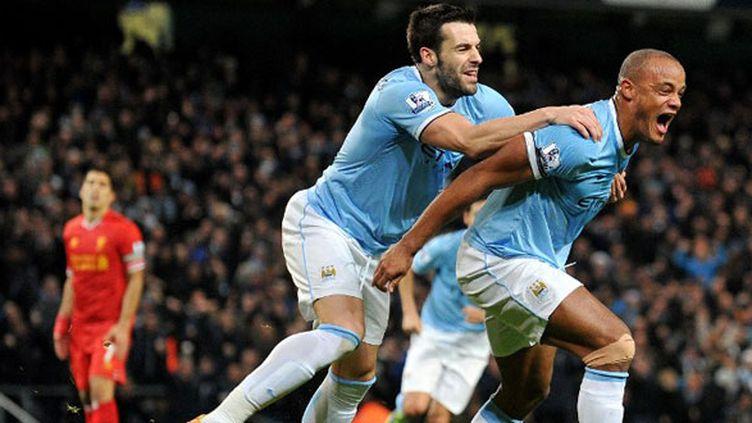 Alvaro Negredo et Vincent Kompany, les deux joueurs de Manchester City