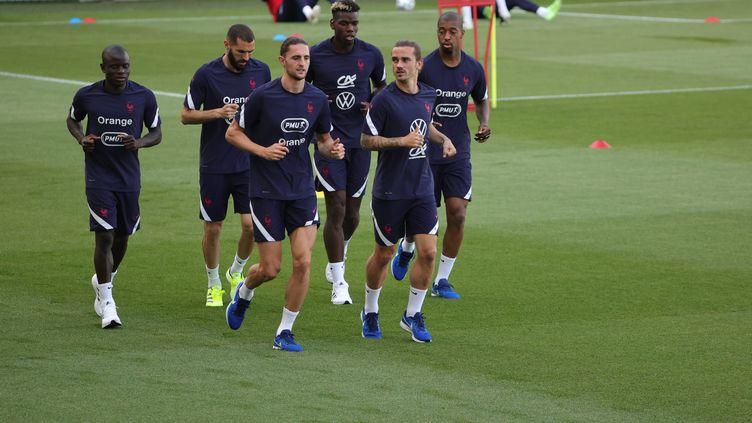 Un entrainement de l'équipe de France de football. Photo d'illustration. (LP/OLIVIER ARANDEL / MAXPPP)