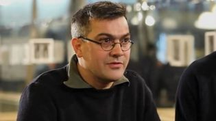 """Julien Coupat, lors de son interview par une équipe d'""""Envoyé spécial"""", pour une enquête diffusée jeudi 8 mars 2018sur France 2. (FRANCE 2)"""