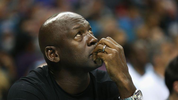 Michael Jordan sort de sa réserve (STREETER LECKA / GETTY IMAGES NORTH AMERICA)