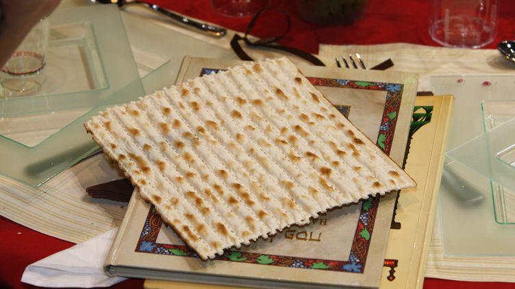 La célébration de Pessa'h est traditionnellement l'occasion pour les Juifs d'un grand repas en famille. (photo d'illustration) (P DELISS / GODONG / GODONG)