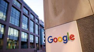 Google, Amazon, Facebook, Apple, L'Europe veut taxer les géants du numérique.  (MAXPPP)