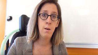 """Capture écran de la vidéo de Sarah Salmona, """"lettre ouverte à Emmanuel Macron sur la réduction des heures d'aides humaines"""", samedi 24 juin 2017. (SARAH SALMONA)"""