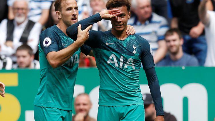 Le joueur de Tottenham Dele Alli célèbre son but lors du match contre Newcastle, le 11 août 2018, à Newcastle. (ED SYKES / REUTERS)