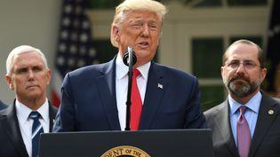 Depuis Washington, Donald Trump annonce le déclenchement de l'état d'urgence aux Etats-Unis face à l'épidémie de coronavirus Covid-19, le 13 mars 2020. (SAUL LOEB / AFP)