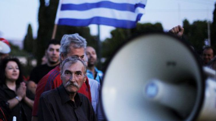 Les grèves et les blocages se poursuivent en Grèce. (Angelos Tzortzinis / AFP)