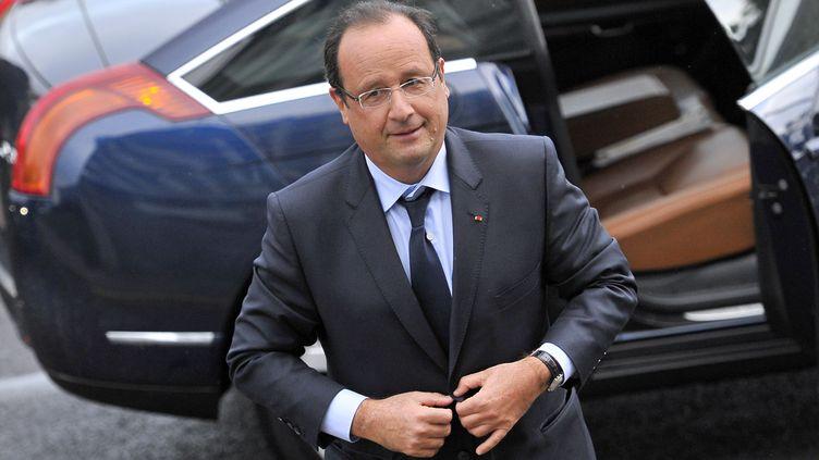 François Hollande arrive sur le site ArcelorMittal de Florange,(Moselle) le 26 sepetmbre 2013. (NICOLAS BOUVY / AFP)