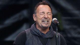 Bruce Springsteen sur scène en juillet 2016.  (Walter Bieri / AP / SIPA)