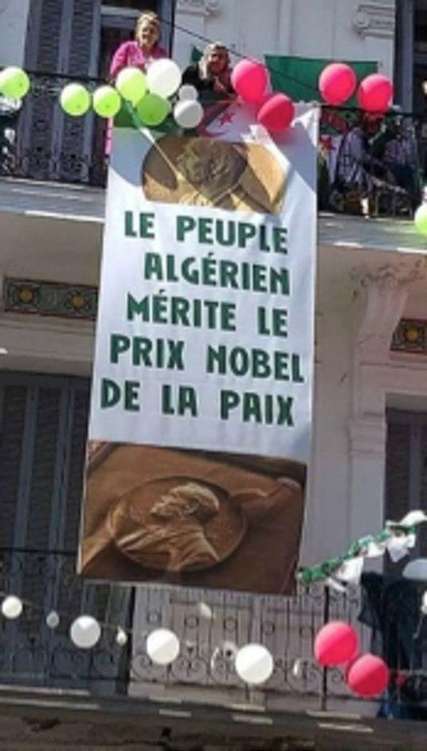 Rue Didouche Mourad, Alger, artère principale de la capitale et théâtre pendant un an des manifestations. (Author provided)