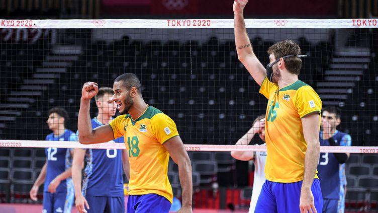 Le Brésilien Lucas Saatkamp lors de la rencontre contre l'Argentine,le 27 juillet 2021 à Tokyo (Japon). (YURI CORTEZ / AFP)