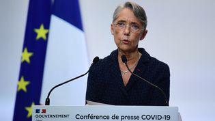 La ministre du Travail, Elisabeth Borne, lors d'une conférence de presse le 4 février 2021. Photo d'illustration. (MARTIN BUREAU / AFP)