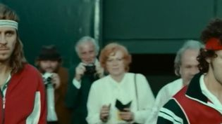 Mercredi prochain sortira en salle un film sur un duel d'anthologie qui a marqué l'histoire du tennis entre Borg et McEnroe. Le flegme de l'un, la rage de l'autre. Et cette affiche de rêve en 1981 à Wimbledon (Royaume-Uni). (France 2)